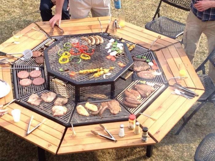 tisch mit eingebautem grill